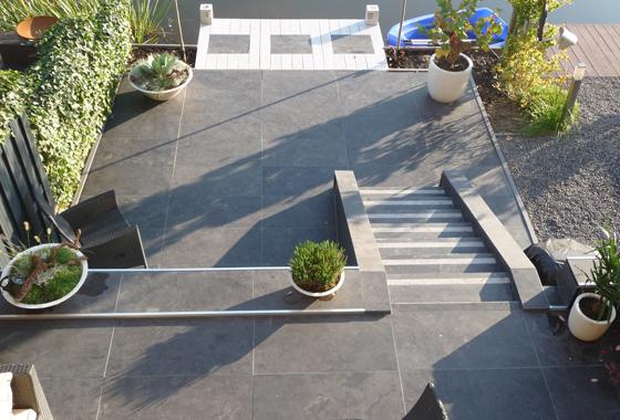 Vijver en trap lab21 - Massief idee van tuin ...