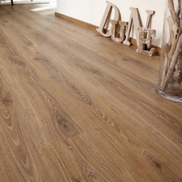 laminaat authentic praline oak 8mm 4v laminaat lab21. Black Bedroom Furniture Sets. Home Design Ideas